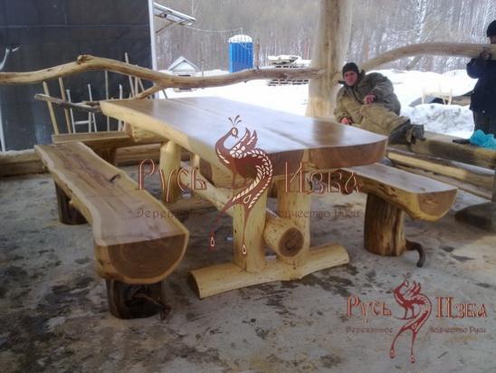 скамейка из полубревна своими руками