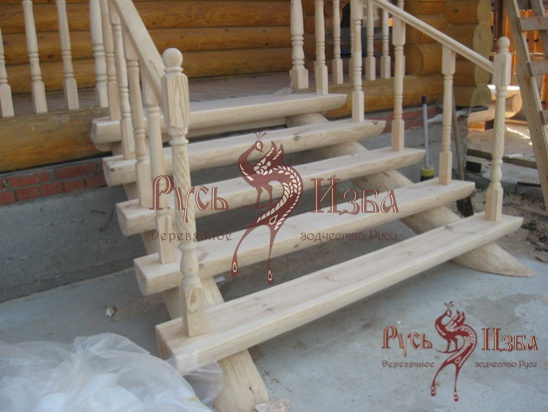 Самодельная входная деревянная